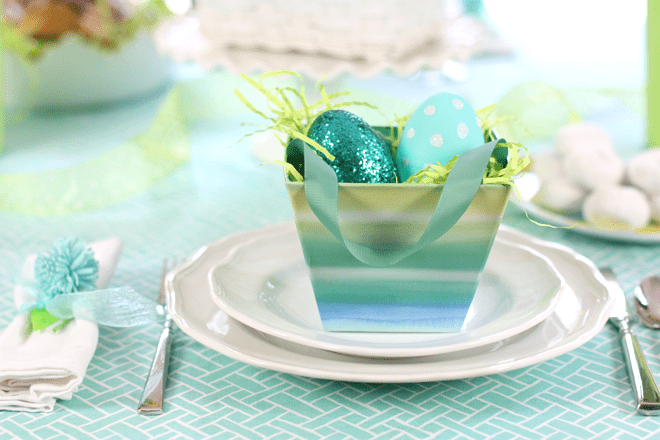 Easter Sunday Brunch Tablesetting with Favors!