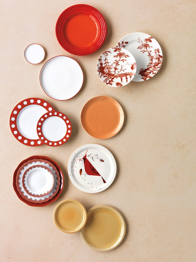 Warm and Inviting Plate Decor