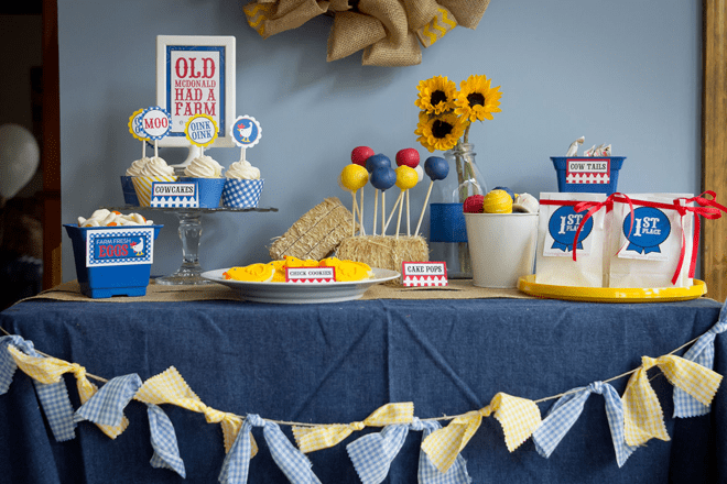 Adorable Barnyard Playdate Party + Inspiration Pictures!