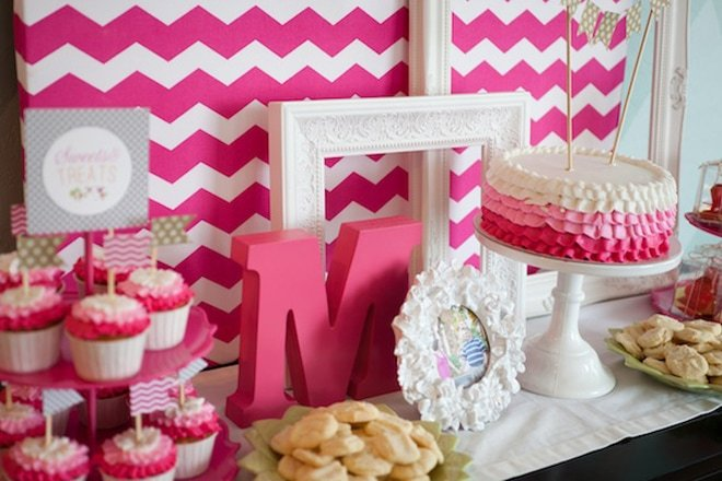 pink party cute ruffled cake inspiration