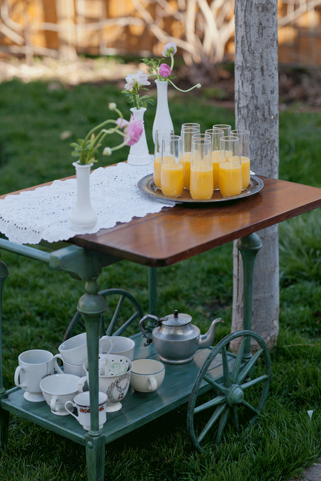 """Beautiful """"Ruffled"""" Brunch Pictures + Inspiration!"""