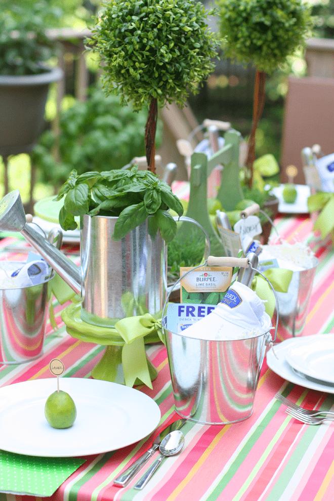 Host a summer garden dinner party - tablescape + recipe!
