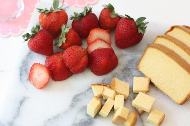 Strawberry Shortcake Milkshake!!