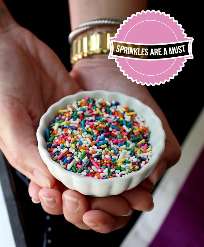 http://pizzazzerie.com/wp-content/uploads/2013/07/sprinkles.jpg