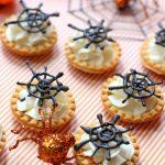 Mini Spider Web Halloween Bites!