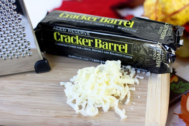 Aged Reserve Cheddar Cheese for a delicious and easy holiday dip!