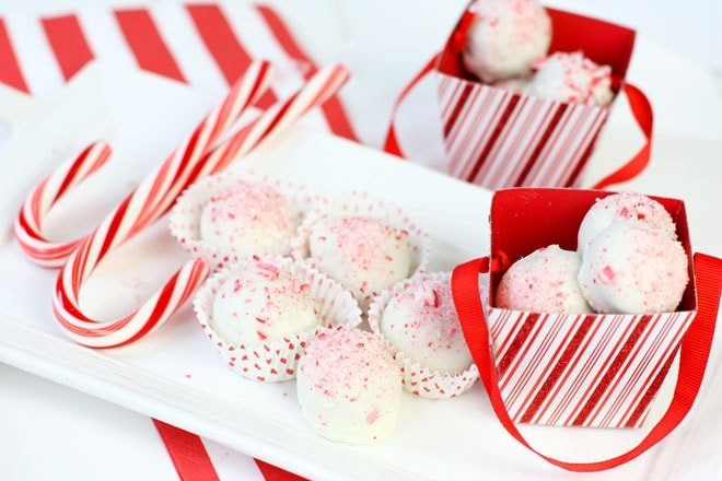 Candy Cane Oreo Cookie Balls!