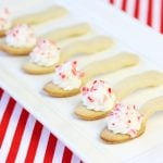 How to Make Edible Cookie Spoons with Peppermint Frosting!