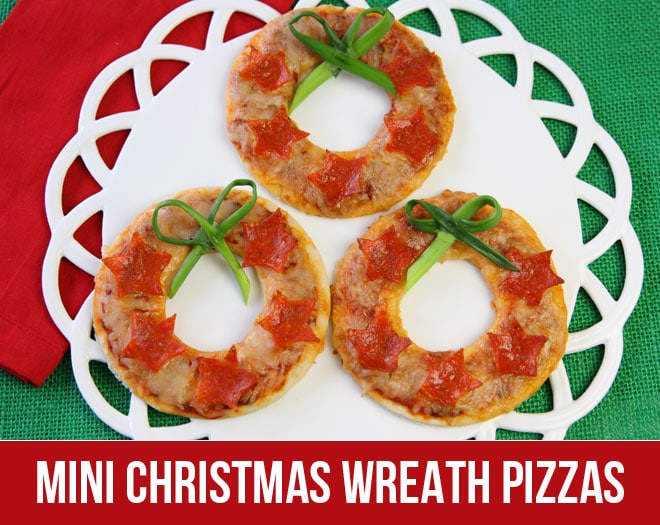 How to make mini Christmas wreath pizzas!