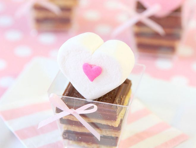 Cute Mini Heart S'more Treats!