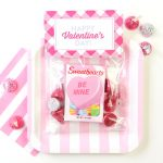 Free Valentine's Day Treat Bag Toppers