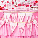 {Party Feature} A Tweet Valentine!