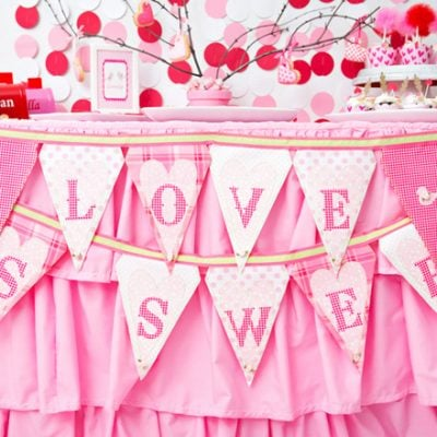Sweet Pink and Red Valentine's Party | Pizzazzerie