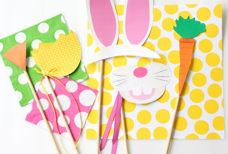 Free Easter Photo Booth Printables!