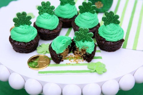 St. Patrick's Day Pot of Gold Brownie Cups