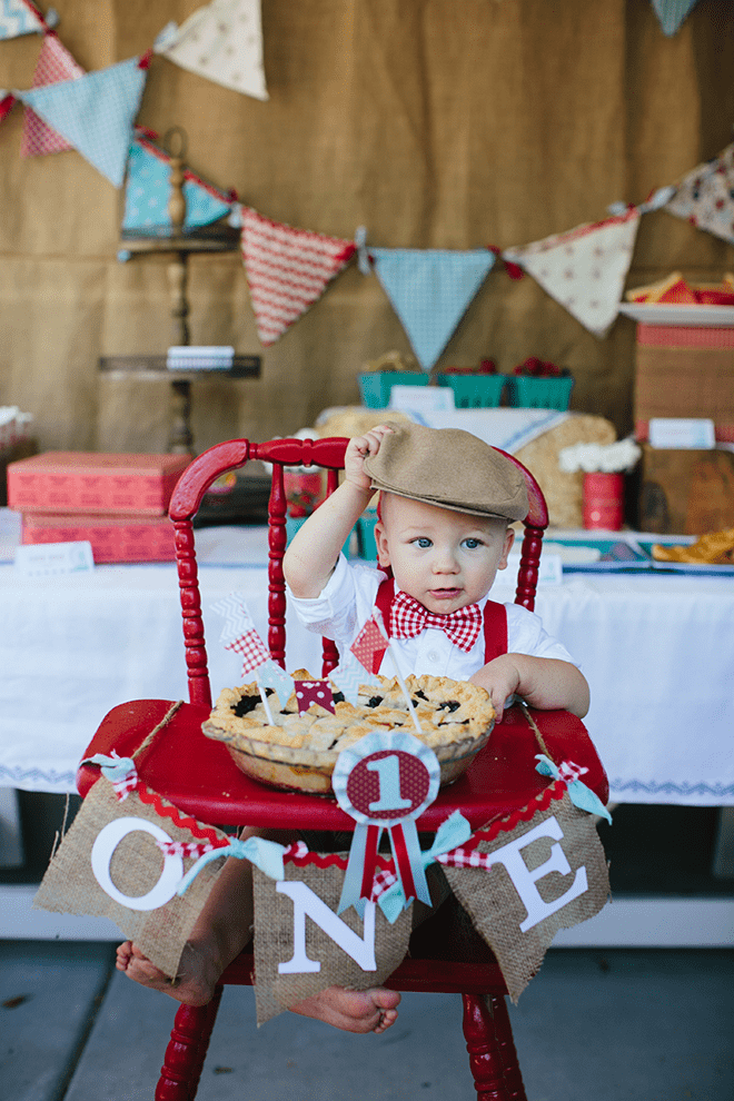 party feature  vintage country fair party