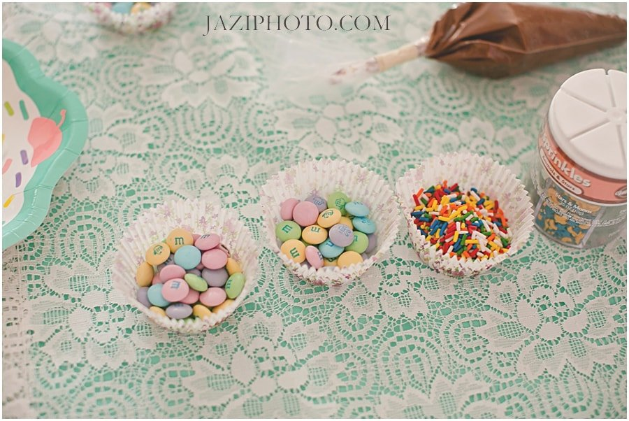 Host a Cupcake Decorating Birthday Party!