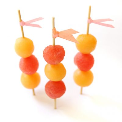Melon skewers: Simple and Cute!