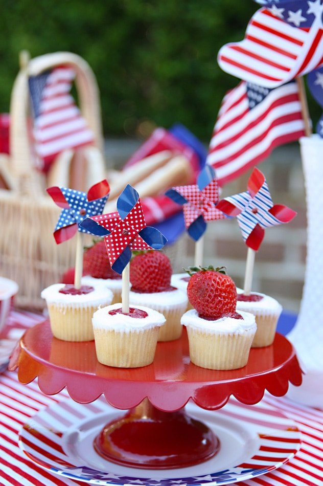 Red White Amp Blue Memorial Day Party Ideas Pizzazzerie