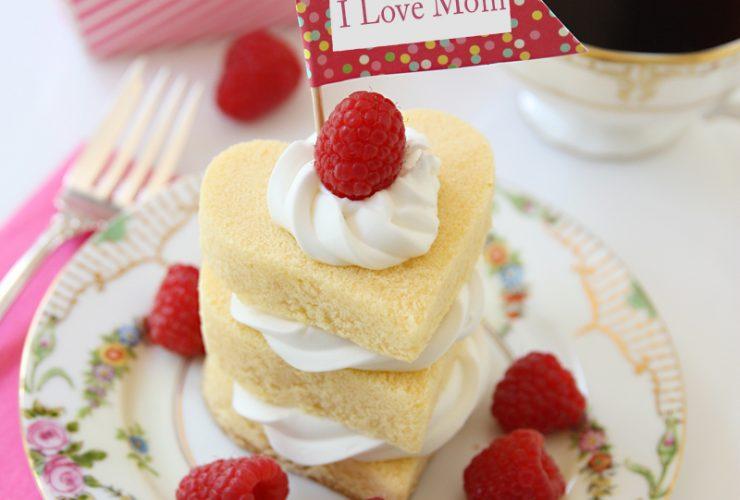 Raspberry Shortcakes for Mom!
