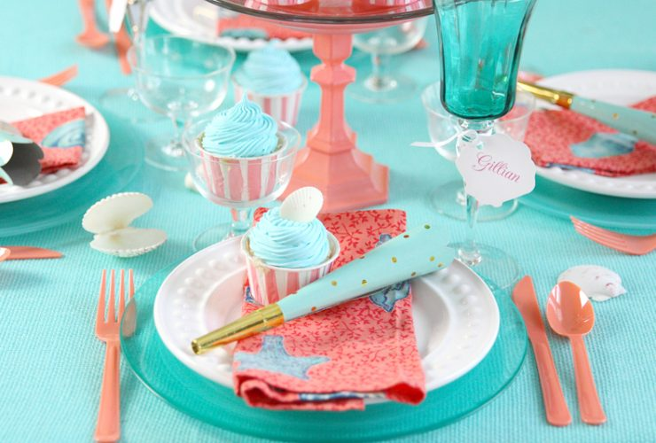 Beachy Aqua & Coral Tablescape