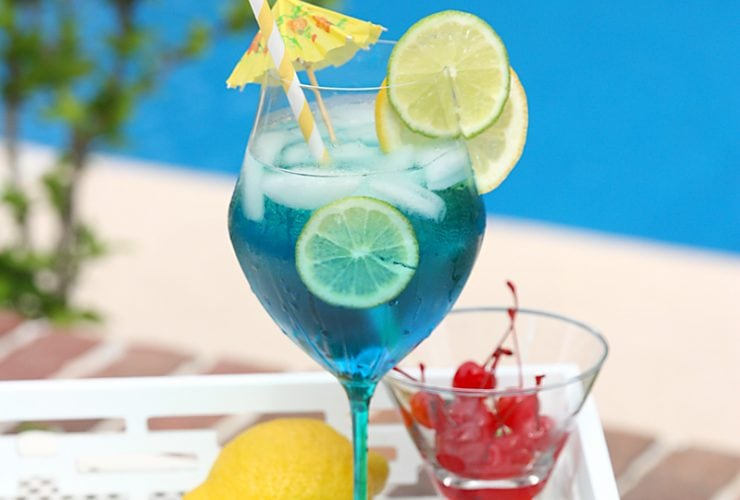 Cocktail Time: Tropical Blue Sangria