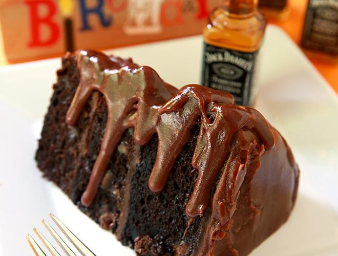 Jack Daniels Cake – Decadent Chocolate Cake with Jack Daniels Fudge Frosting