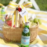 Tips for hosting a backyard summer picnic!