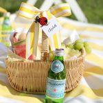 Tips for hosting a backyard summer picnic!