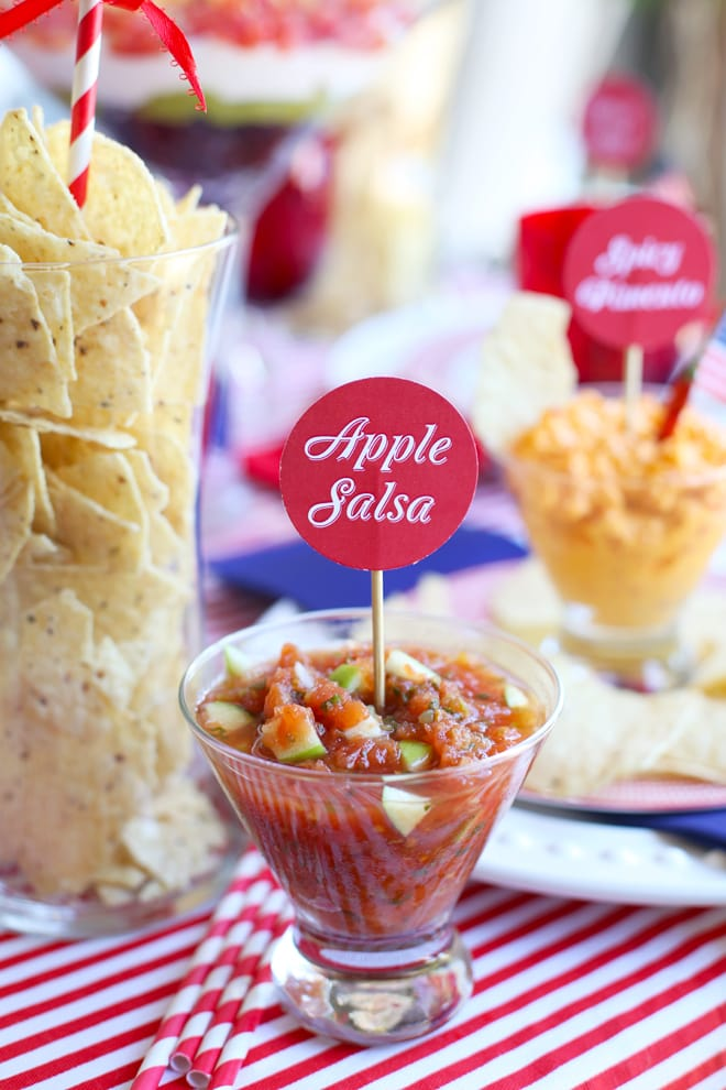 Crunchy Apple Salsa for a Labor Day Party! #TostitosLaborDay