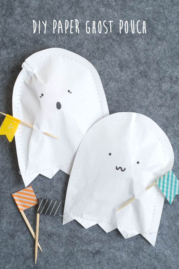 DIY Ghost Treat Pouches! Pizzazzerie.com