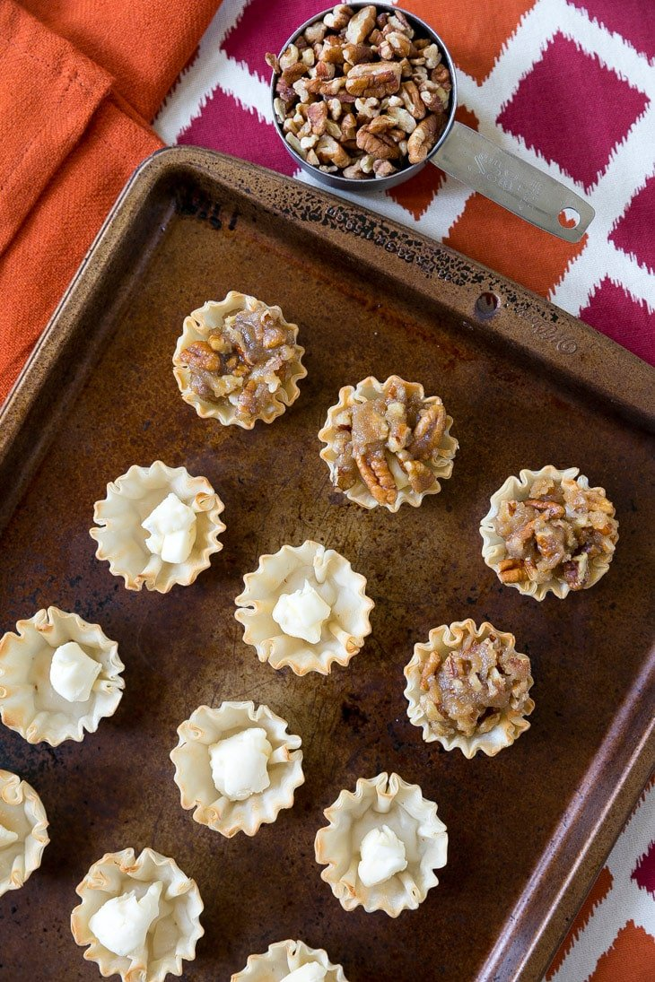 how to make pecan pie brie bites
