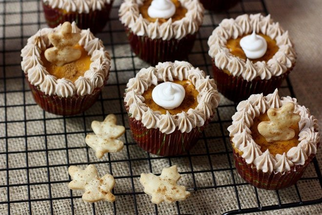 How to Make Pumpkin Pie Cupcakes!