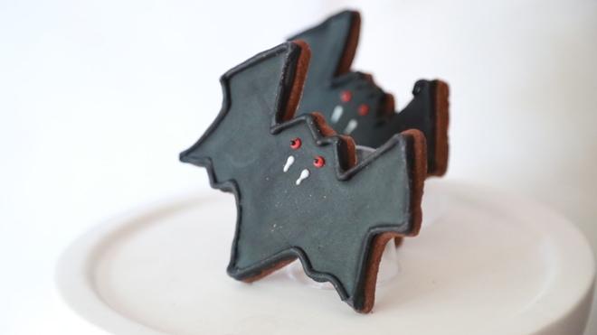 Halloween Bat Cookies
