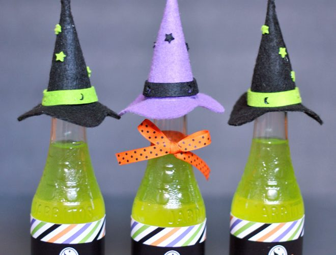 {Freebie} DIY Witch's Brew Bottles for Halloween