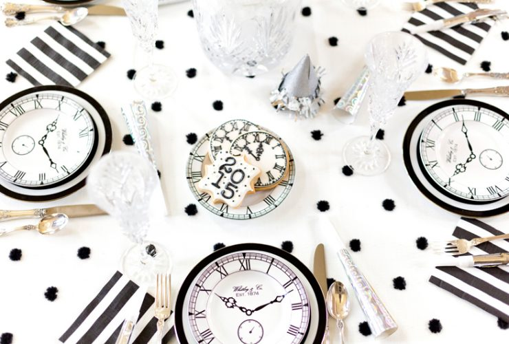 Black & White New Year's Eve Party!
