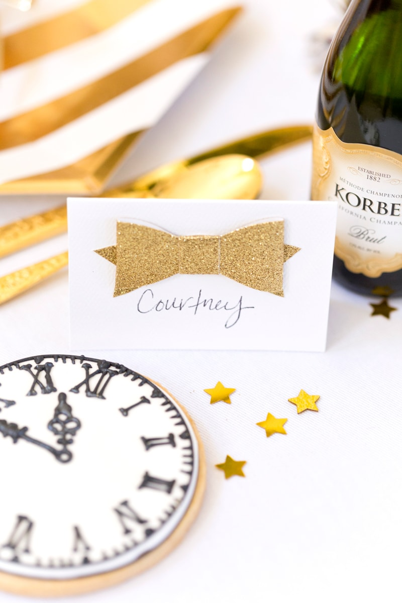 Gold Place Cards for New Year's Eve Tablescape | Pizzazzerie.com