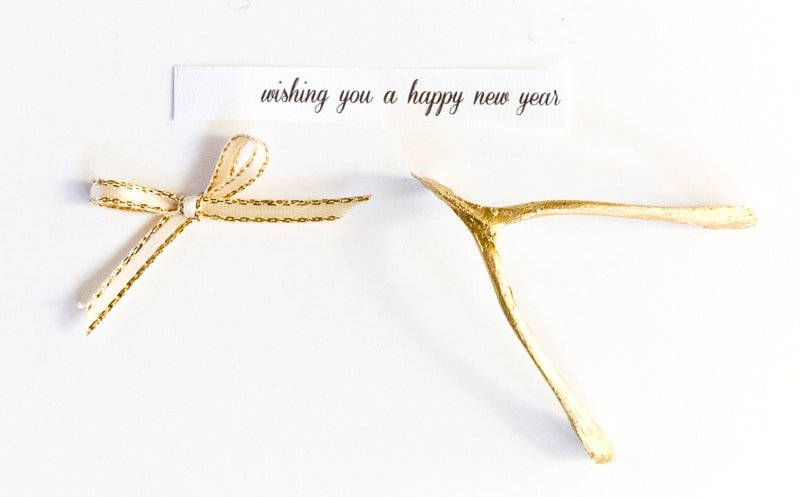 How to make a gold wishbone for New Year's!
