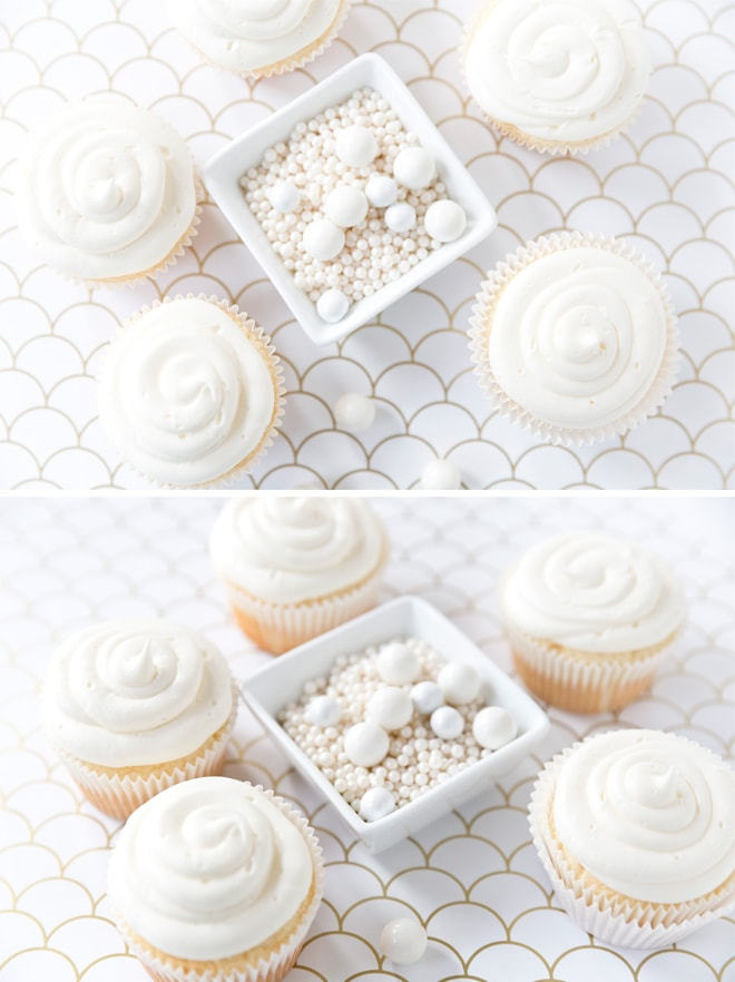 How to decorate champagne cupcakes for New Year's Eve! Pizzazzerie.com