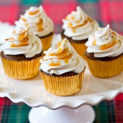 caramel gingerbread cupcakes