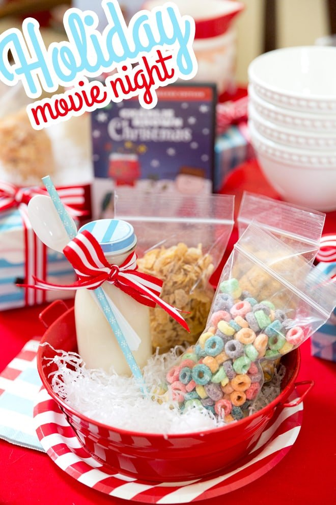 Host a Holiday Movie Night Party! | Pizzazzerie