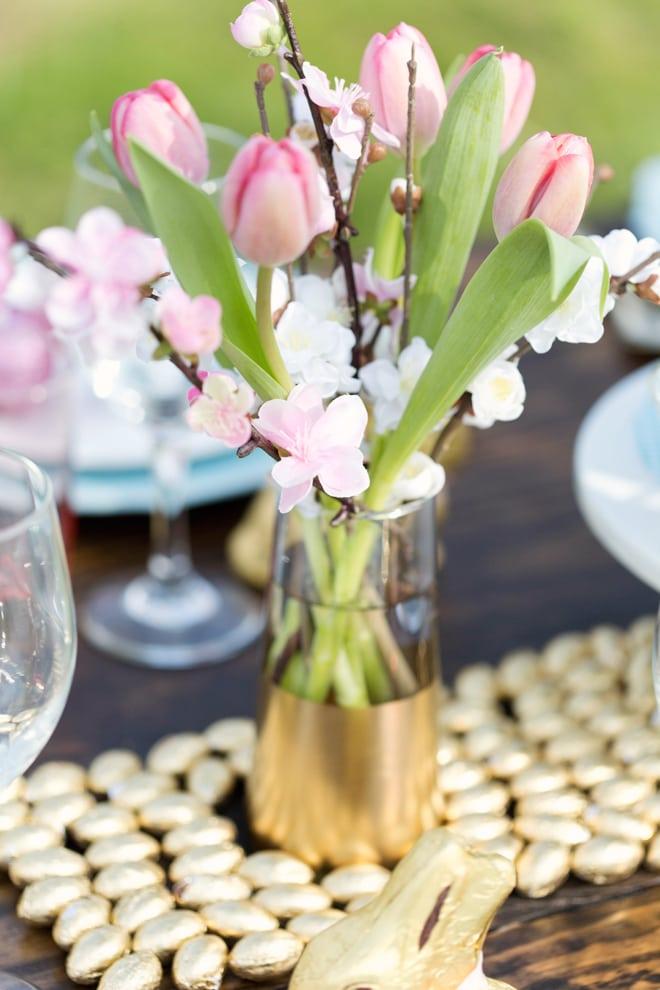 Gorgeous Rustic Chic Easter Brunch Tablescape | Pizzazzerie.com