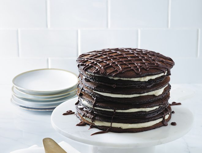 {Real Sweet Book} Black and White Pancake Cake