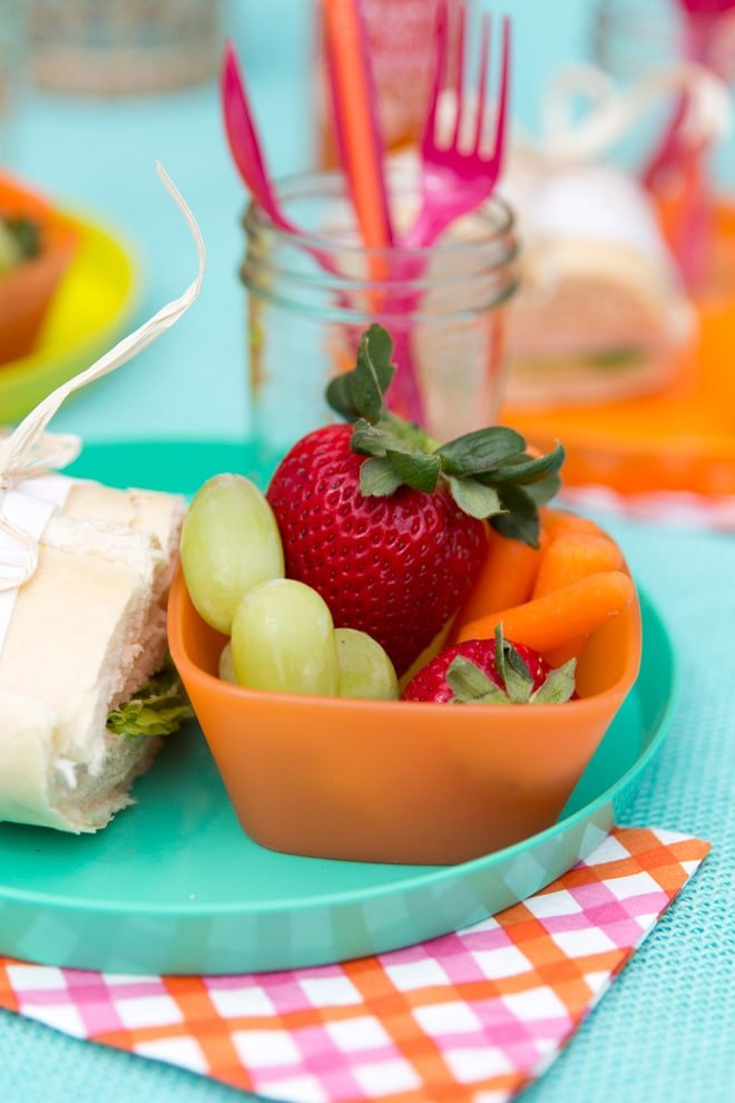 Colorful-Summer-Picnic-3