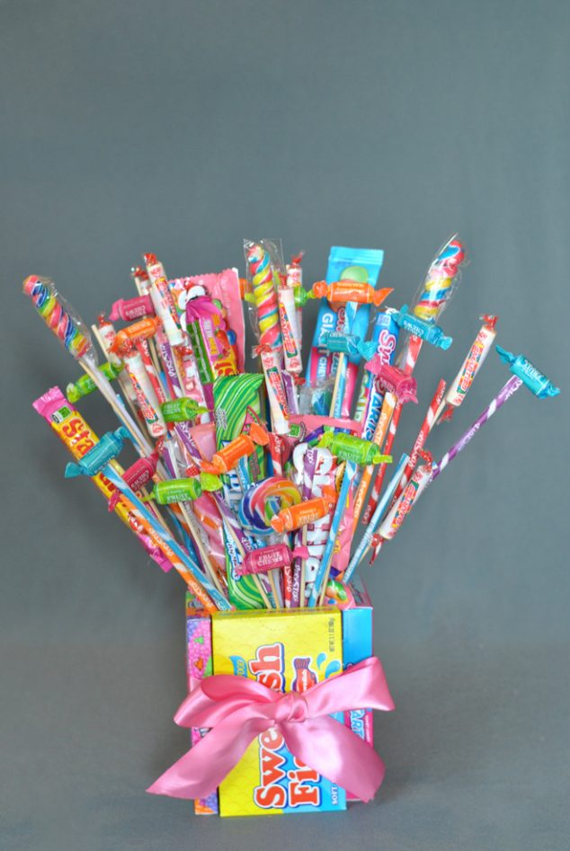 How to Make a Cute Candy Bouquet Pizzazzerie