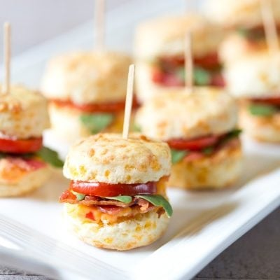 Mini Pimento BLT Cheddar Biscuits | SO delish! Pizzazzerie.com
