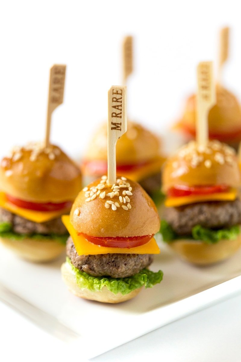 perfect party appetizer how to make mini cheeseburgers. Black Bedroom Furniture Sets. Home Design Ideas