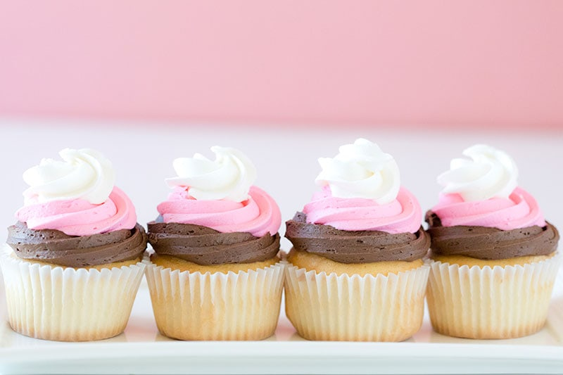 Neapolitan Cupcakes: Pretty Party Cupcakes! Get the recipe here!