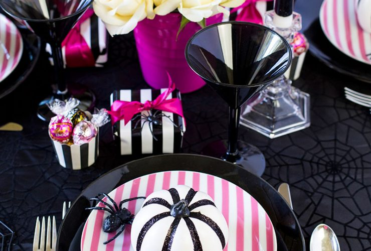 Pink-O-Ween Dinner Party Tablescape