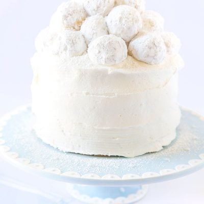 Best baby shower cake recipe! Vanilla Almond Snowball Cake